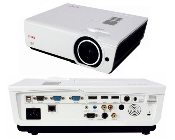 Мультимедійні DLP-проектори EK-400X, EK-401W і EK-402U