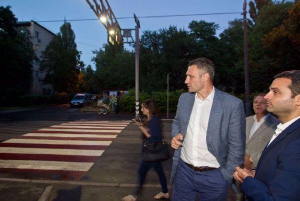 Мэр Кличко об освещении пешеходных переходов